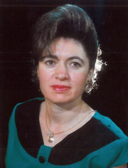 Photo of Houda Kesilyas