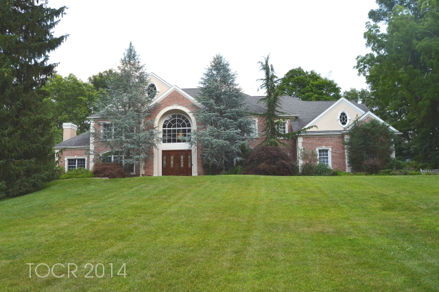154 E Saddle River Road, Saddle River